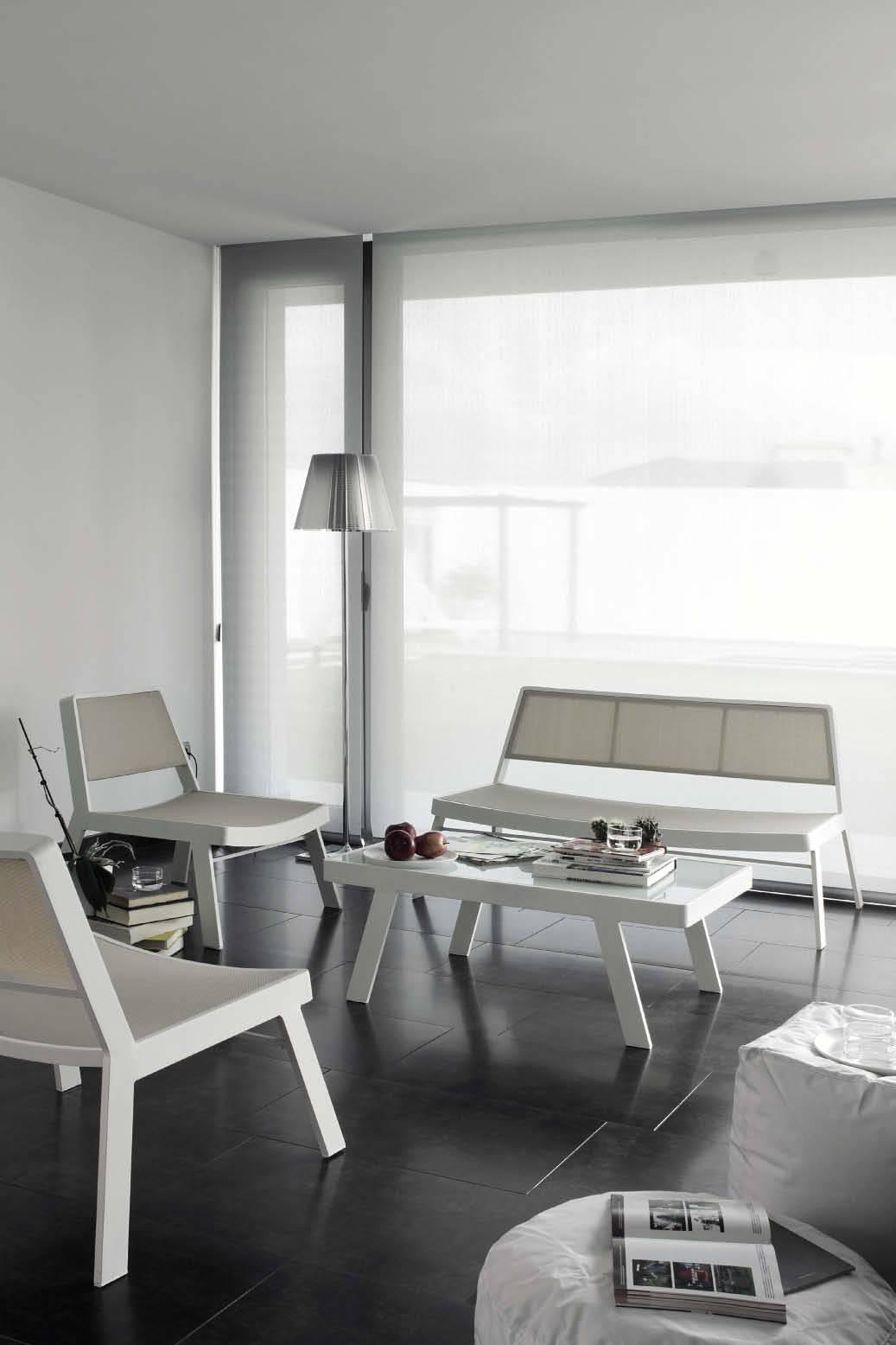 Fauteuil et table basse de jardin en aluminium design couleur ...